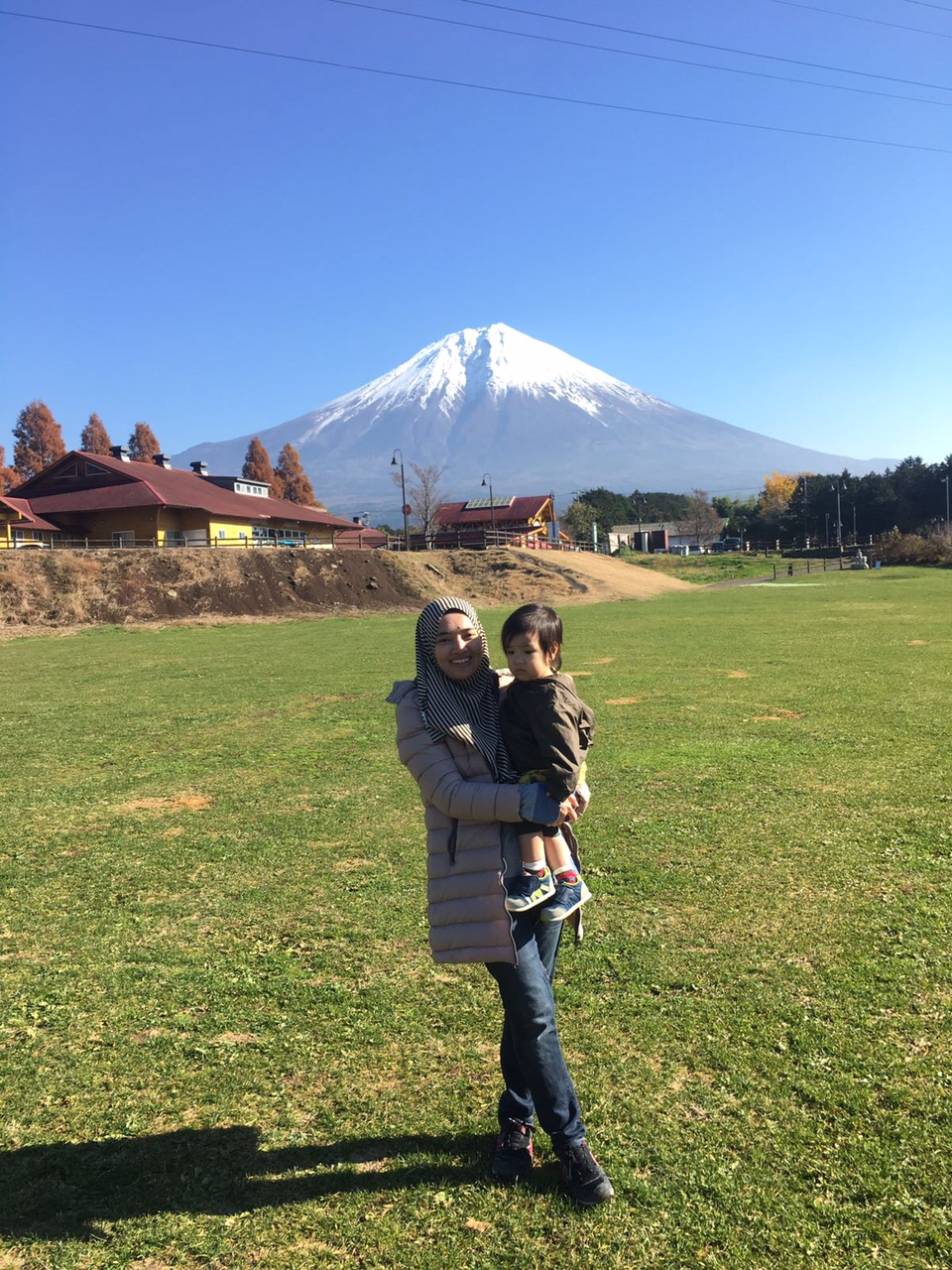 Challenge as Malaysian muslim parents in Japan