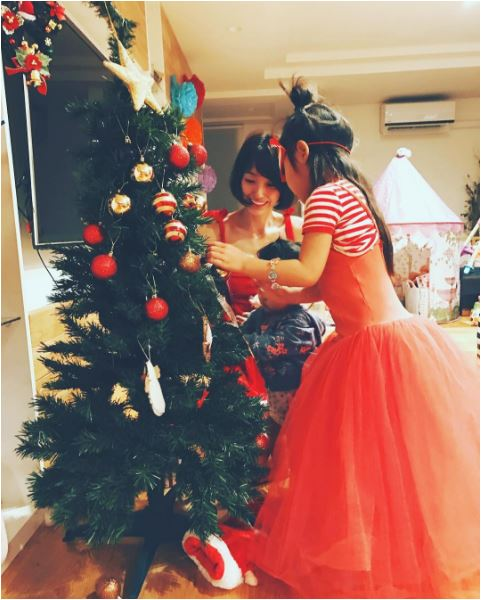 See How Japanese Celebs Spent Their Christmas Eve