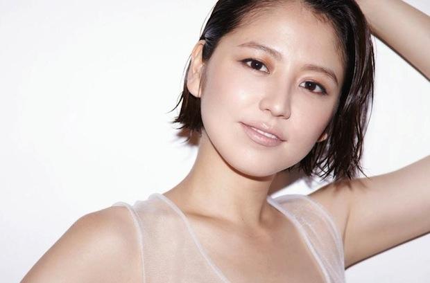 """Masami Nagasawa Gives Sexy Performance in """"Cabaret"""""""